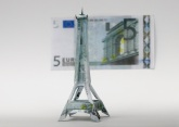 Euro_Eiffle_Tower_by_orudorumagi11
